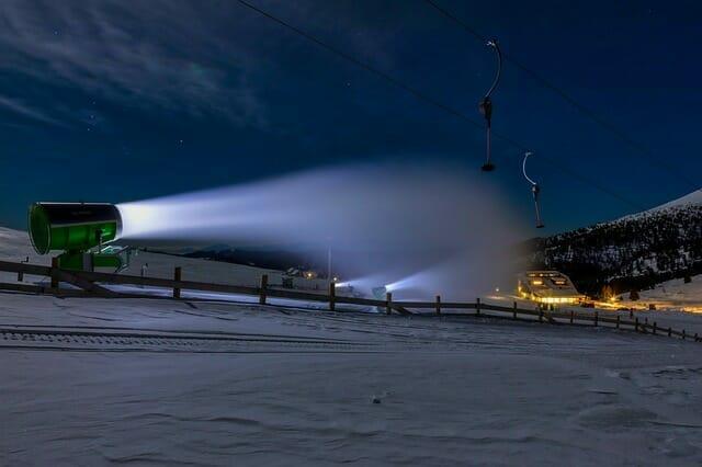 Sneeuwkanon sneeuw kunstsneeuw maken
